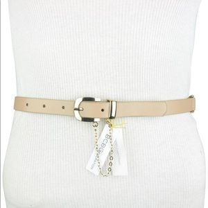 BCBGENERATION WAIST BELT BEIGE GOLD CHAIN BUCKLE